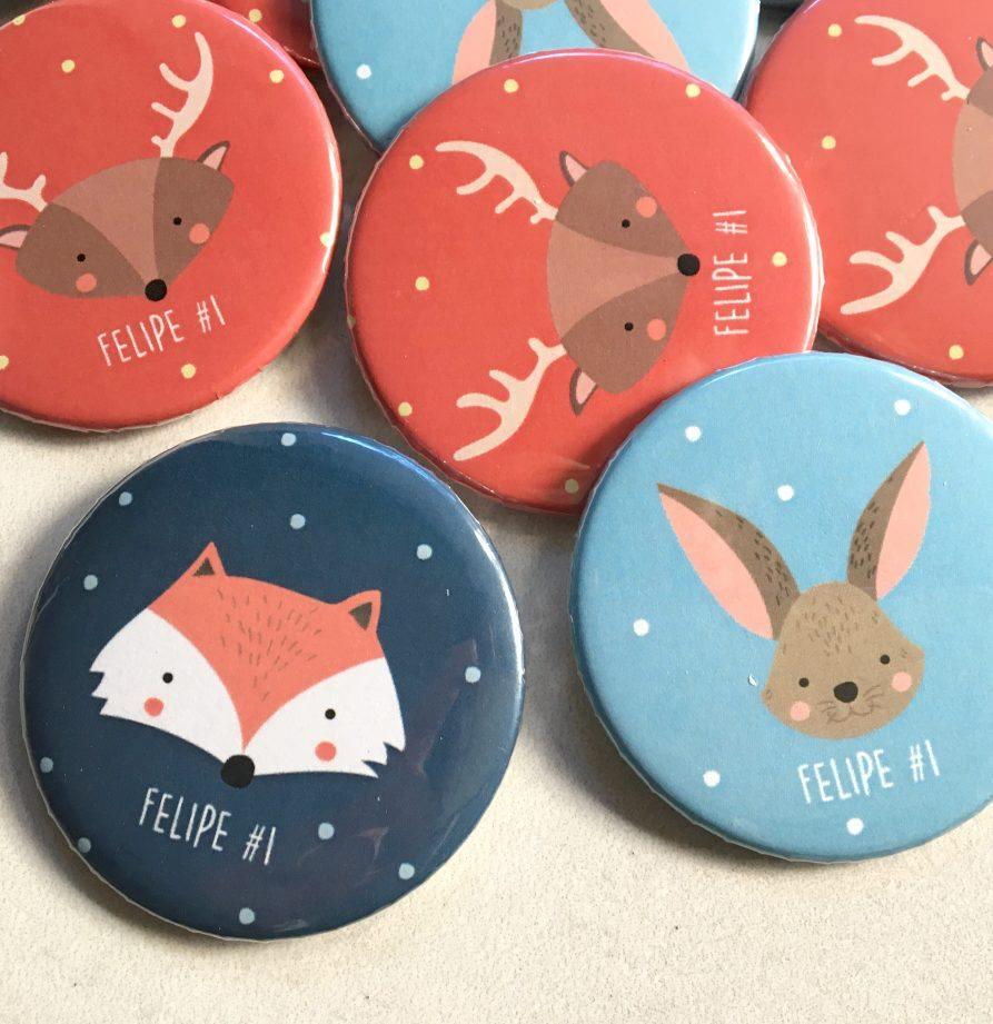 Pins souvenir personalizados